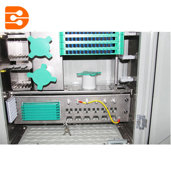 144 Fibers Outdoor Cross Connect Cabinet Distribution Cabinet